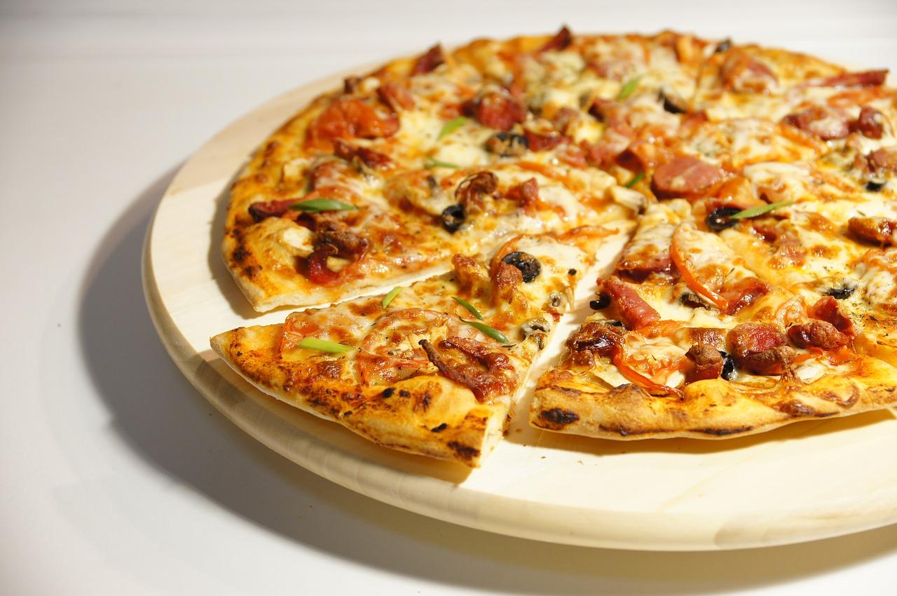 Pizza nocą we Wrocławiu