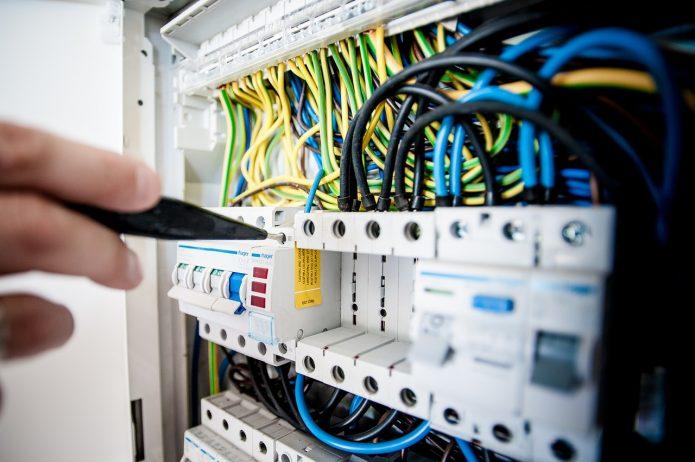 Obudowy do elektroniki – standardowe i do specjalnych zastosowań