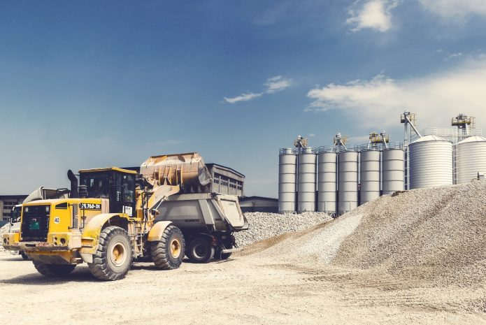 Gdzie kupić części do maszyn budowlanych i rolniczych?